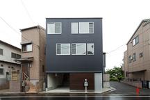練馬の狭小ガレージハウス・東京 (建築面積 約6.7坪)の画像