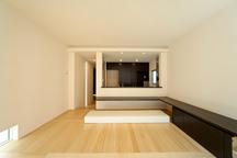 新宿の狭小二世帯住宅 ・東京 (建築面積 約10.6坪)の画像