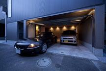 昭島の狭小ガレージハウス・東京 (建築面積 約12.1坪)の画像
