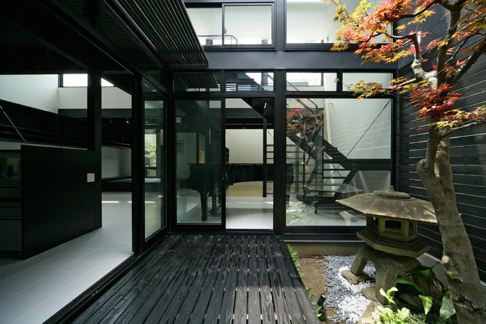 西京の和モダンな中庭のある家・京都