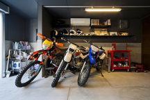 千里のバイクガレージハウス・大阪の画像