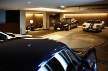 大阪のガレージハウス(コートハウス)の画像