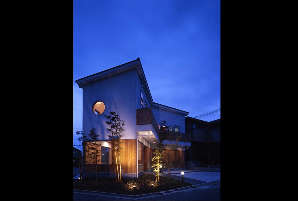 垂水の店舗併用住宅 外観夜景