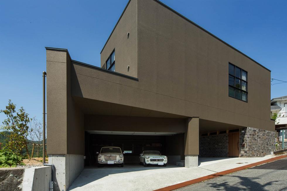 青葉台のガレージハウス2・西宮
