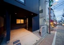 幡ヶ谷の狭小三世帯住宅・東京(建築面積 約14.8坪)の画像