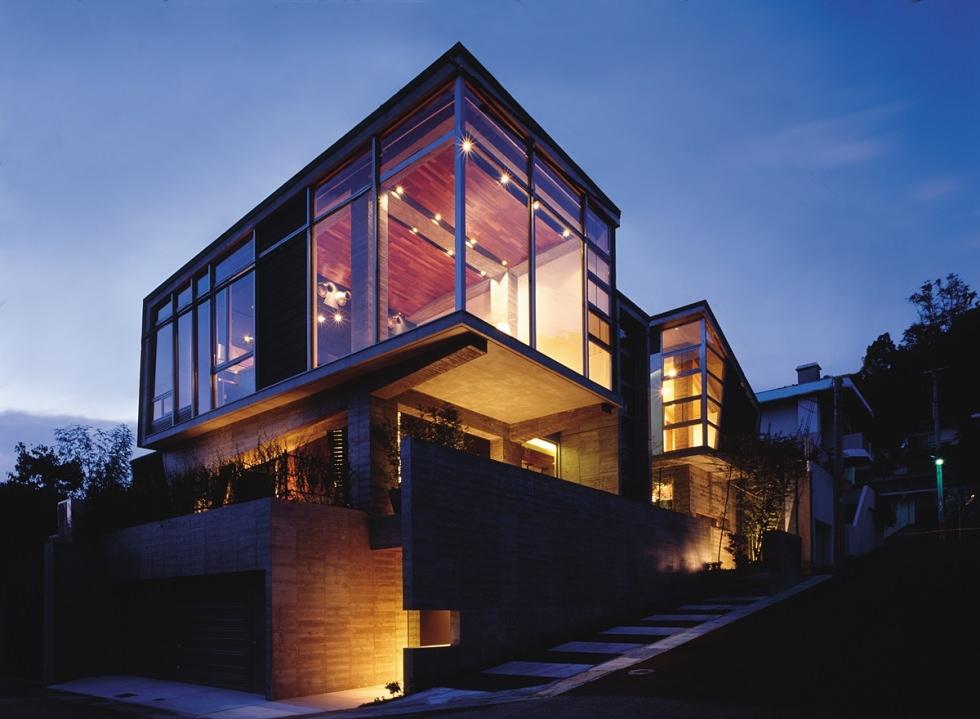 西岡本の家