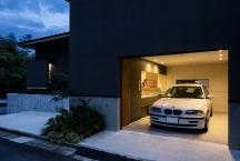 京都・西山のガレージハウスの画像