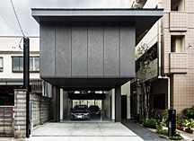 京都・山科のガレージハウスの画像