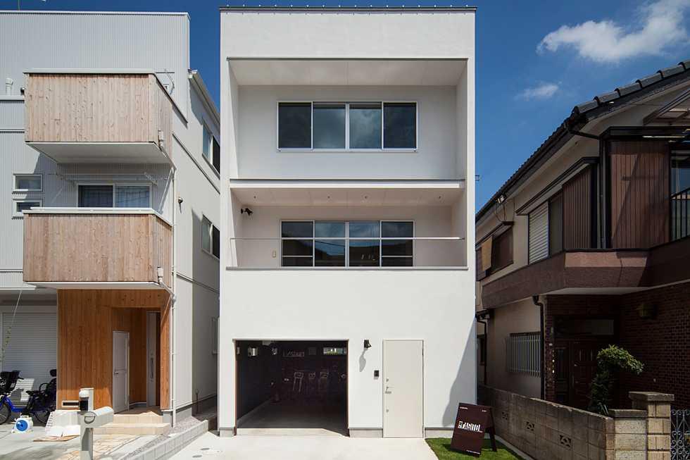 建築面積 約12.9坪<br />朝霞のバイクガレージハウス・埼玉