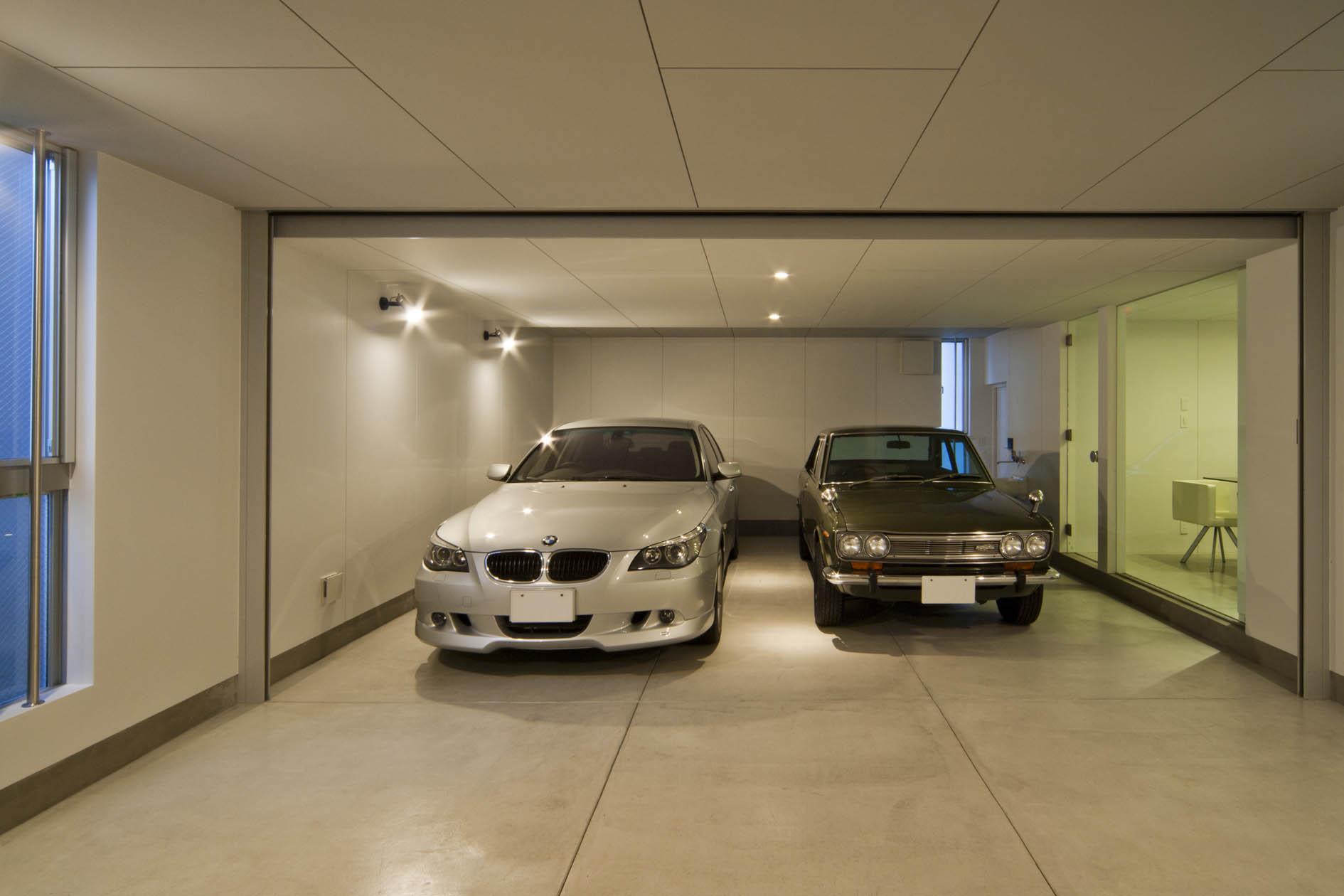 二世帯ガレージハウス